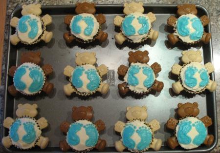Baby Bear Cupcake